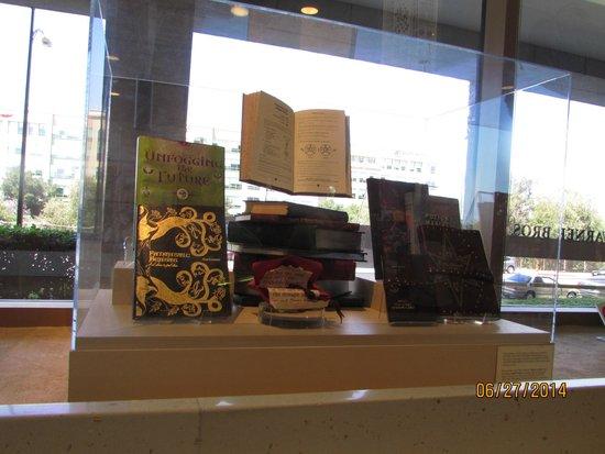 Warner Bros. Studio Tour Hollywood: HP books