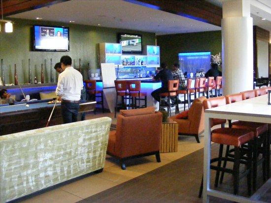 HYATT House San Jose/Silicon Valley: Bar area
