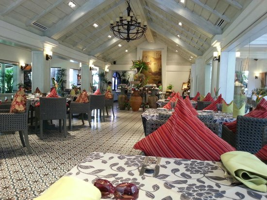 Santiburi Beach Resort & Spa: Restaurant