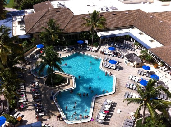 Hilton Marco Island Beach Resort--CLOSED FOR RENOVATIONS; REOPENING DEC. 1, 2017: View of the pool from our 10th floor balcony.
