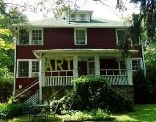 Red House Studios and Art Gallery