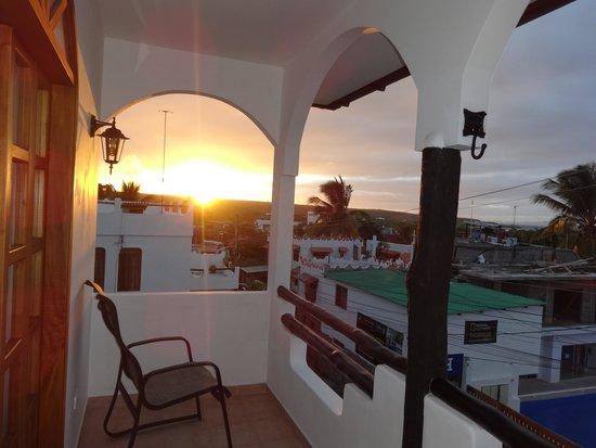 Hotel Galapagos Suites: amanecer
