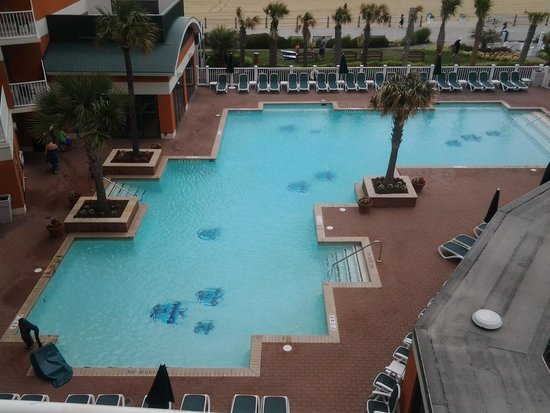 Holiday Inn & Suites North Beach: outside pool