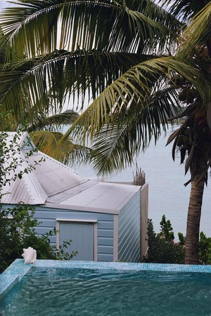 Cocobay Resort: Plunge pool
