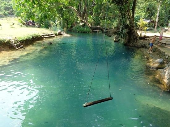 Tham Phu Kham Cave and Blue Lagoon: blue lagoon