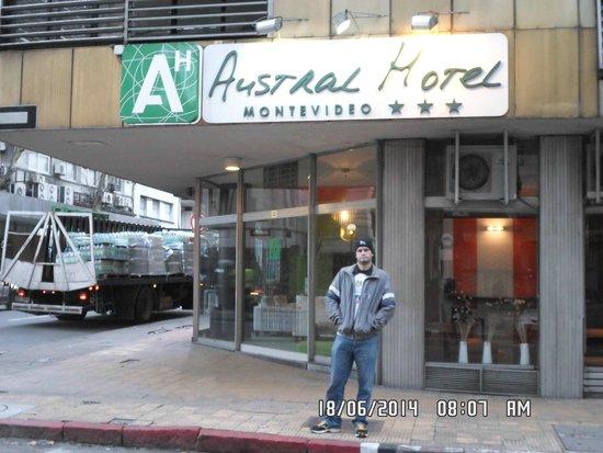 David no Austral Hotel Montevideo.