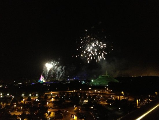 Disney's Contemporary Resort: Fireworks from the balcony
