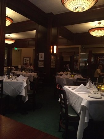 McCormick & Schmick's: Inside the restaurant