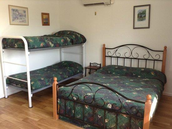 Darwin's Barra Base: Jen's Room