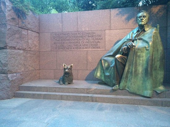 Franklin Delano Roosevelt Memorial: With his Dog