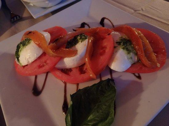 Club A Steakhouse : Tomato and Mozzarella