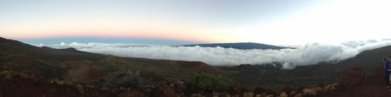 Mauna Kea Summit : Clouds like cotton pillows