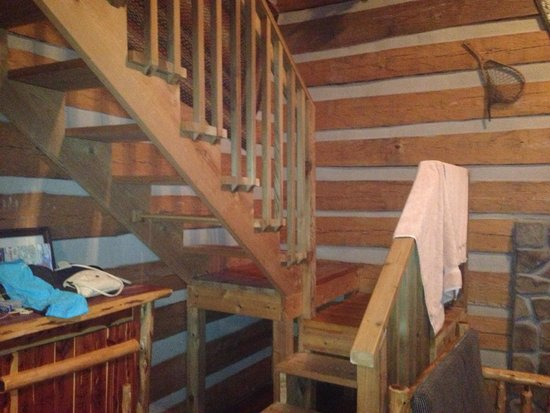 Silver Dollar City's Wilderness: Staircase