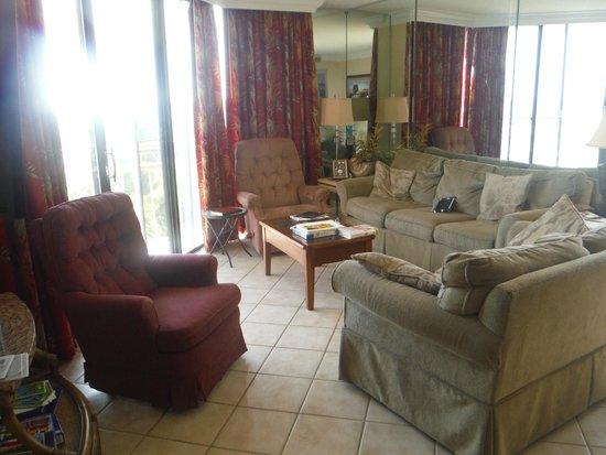 Ocean Creek Resort: livingroom