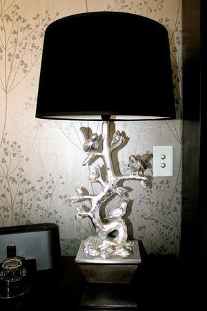 Sofitel Brisbane Central: Beautiful bedside lamps