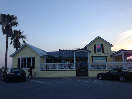 Uncle Ernie's Bayfront Grill: Uncle Ernie's