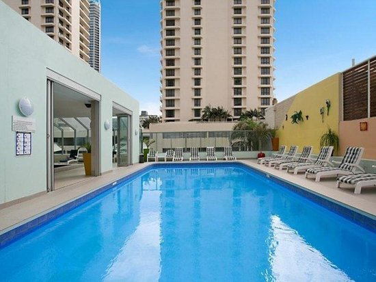 Beachcomber Resort Surfers Paradise: Outdoor Pool