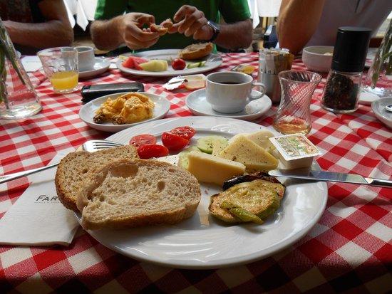 Faros Old City : Frühstück