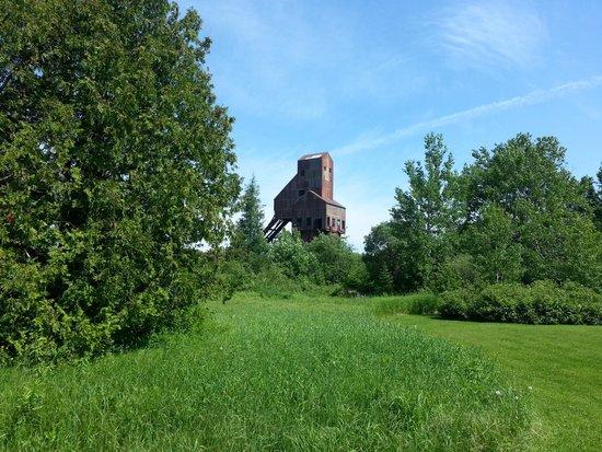 The trail to Copper Harbor: Osceola No.13