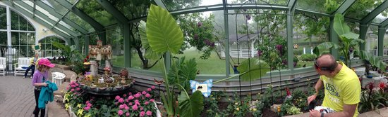 Mackinac Island Carriage Tours: panoramic of the butterfly house