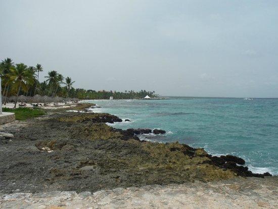 Viva Wyndham Dominicus Beach: poca playa
