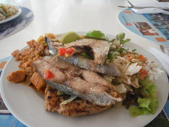 Viva Wyndham Dominicus Beach: comida repetida toda la semana