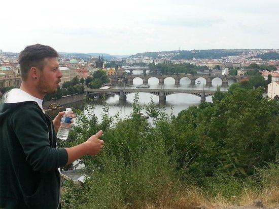 Premier Prague Tours: Pragueress