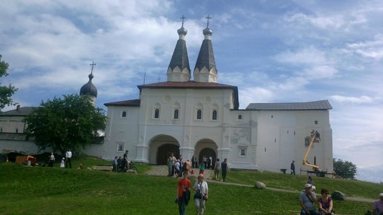 Museum of Dionisy's Frescoes - Ferapontov Monastery: гуляние