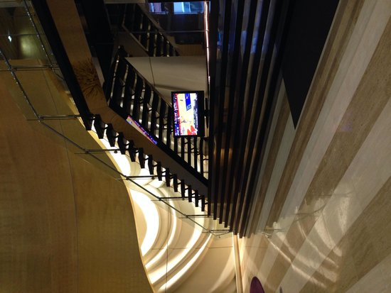 Greektown Casino Hotel : The lobby