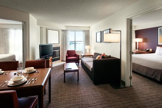 Residence Inn San Francisco Airport/Oyster Point Waterfront : Two Bedroom Suite