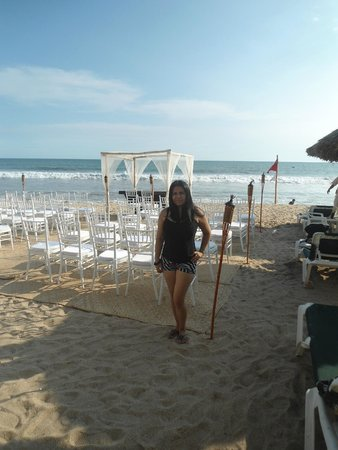 Mayan Palace Mazatlan : Habia una boda en la playa y por las noche juegos artificiales