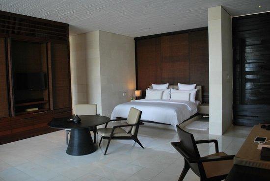 Alila Villas Uluwatu: A very nice and comfortable bed