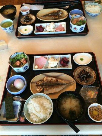 Reflet's Izukogen: breakfast