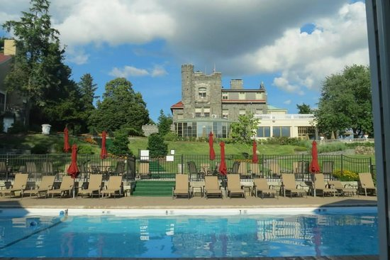 Tarrytown House Estate on the Hudson: The pool and Biddle Mansion
