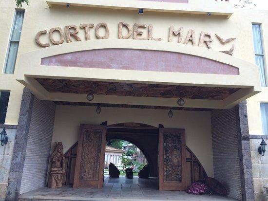 Corto del Mar Hotel: Entrance