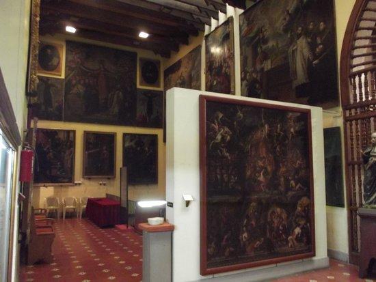 Pinacoteca de la Profesa: algunos de los óleos pertenecieron a los jesuitas antes de su expulsión