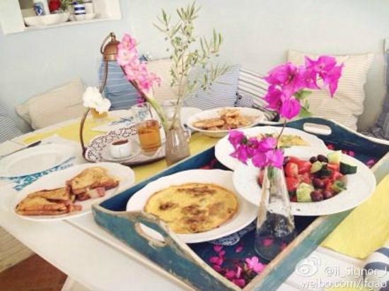 Paradisso Beach Villas: The amazing breakfast cooked by Antonia