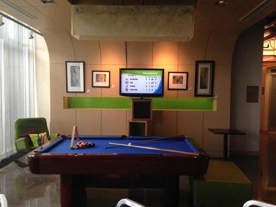 Aloft San Jose Hotel: Pool Table