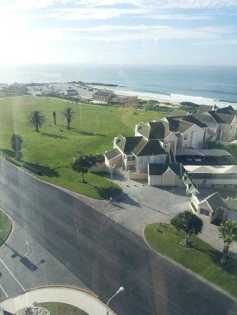 Radisson Blu Hotel, Port Elizabeth : view from family room