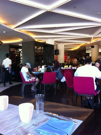 Sheraton Bali Kuta Resort: The Resto for Breakfast