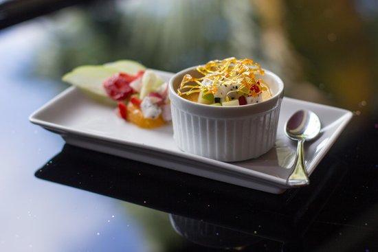 Sandalwood Luxury Villas: Creme Brulee at Blue Ginger Restaurant