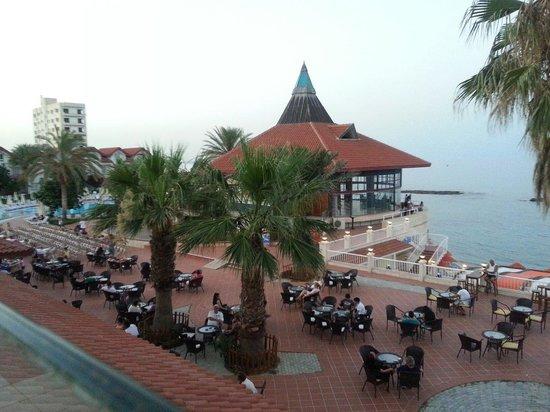 Salamis Bay Conti: Vista dal terrazzo