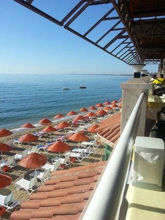 Salamis Bay Conti: Spiaggia