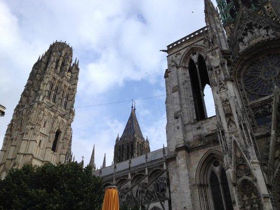 Cathédrale Notre-Dame de Rouen : Veduta esterna della cattedrale