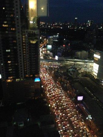 Pullman Bangkok Grande Sukhumvit: Traffic Chaos