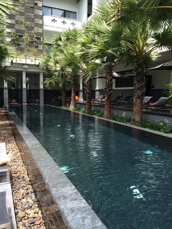 Shinta Mani Club : Small but very nice pool