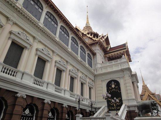 The Grand Palace: autre vue du palais