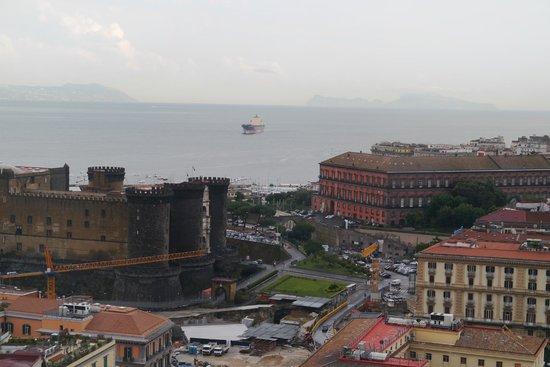 NH Napoli Ambassador: ナポリの旧市街地