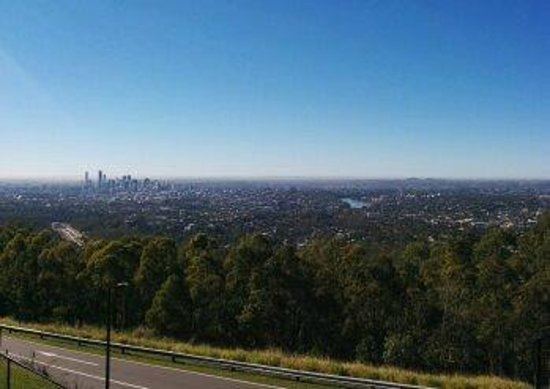 Mount Coot-tha Lookout: View on a winter's day.