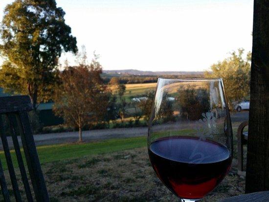 Ballabourneen Wine Co.: Enjoying the serenity!